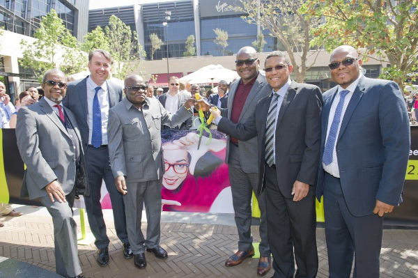Central_Square_Menlyn_Maine_ribbon_cutting_ceremony