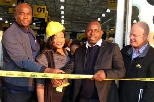 Builders Express Ribbon Cutting